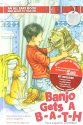 Banjo Gets A BATH, (Flip the Book) Banjo Reciba Un BANO - English and Spanish Language - An All Ears Book Read Aloud to Your Pet, Un Libro Todo Oidos Leelo En Voz Alta A Tu Mascota - Hardcover - First Edition, 1st Printing 2007