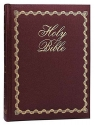 The Holy Bible New King James Version: Lighting the Way Home Family, Burgandy, Bonded Leather
